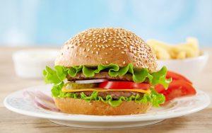 """Їжа від кафе """"Густав Бургер"""""""